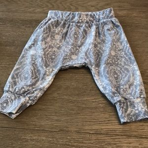 Jessica Simpson Matching Sets - Jessica Simpson outfit